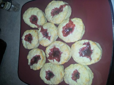 After writing about jam filled biscuits I just had to make these.