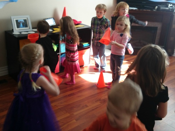 pylon dance